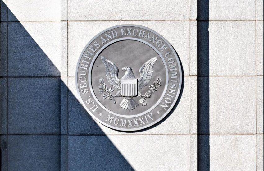 'Well-Informed' Commissioners Disagree on Crypto, But SEC's Approach 'Harmful'